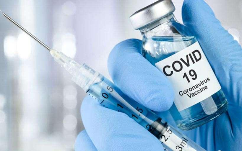Риск заболевания COVID-19 после вакцинации