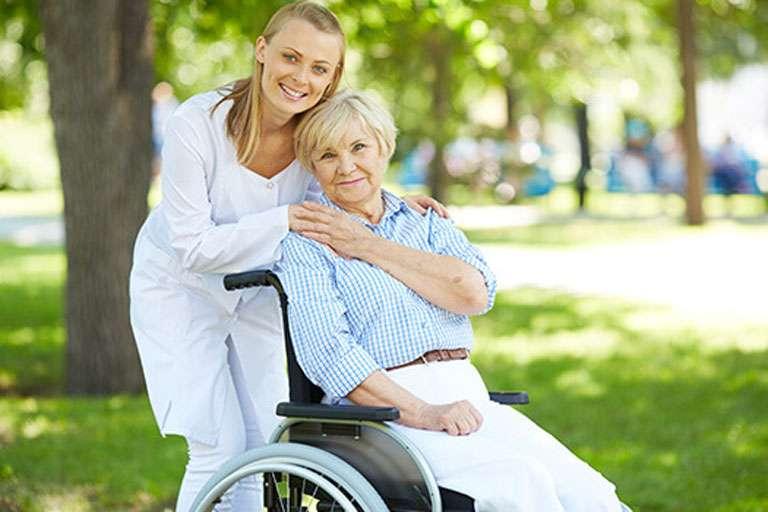 Инвалидные коляски: как сделать правильный выбор