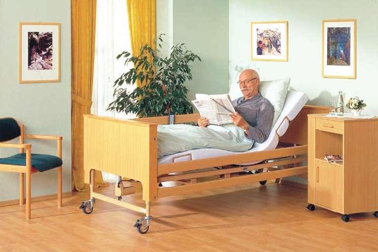 Медицинская кровать. Выбираем правильно