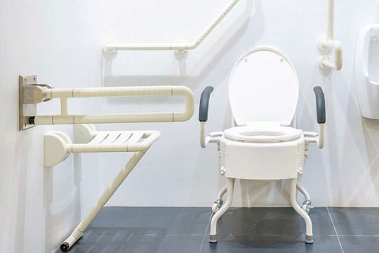 Приспособления с санитарным оснащением - как выбрать?