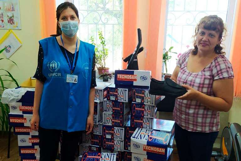 2 000 пар обуви для гуманитарного центра Пролиска – Часов Яр от медтехники Baldinelli