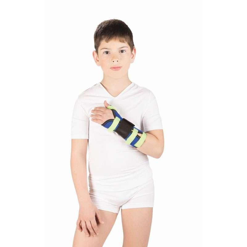 Бандаж на лучезапястный сустав с фиксацией большого пальца руки Тривес детский, T-8330
